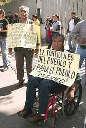 http://iarnoticias.com/images/varios_07/mexico_aumento_tortilla_1.jpg